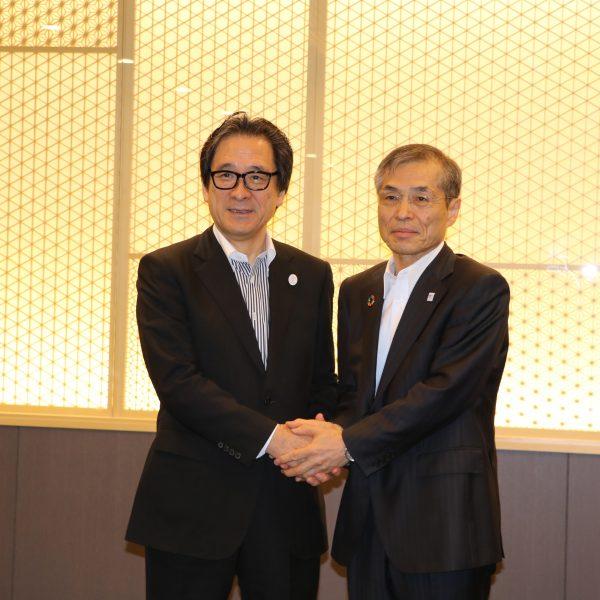「高度グローバル人材育成」阪大とJETROが協定