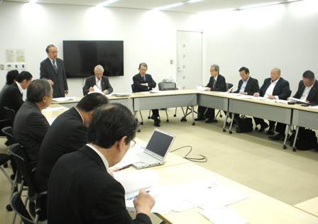日本ならではの研究推進システム構築が急務