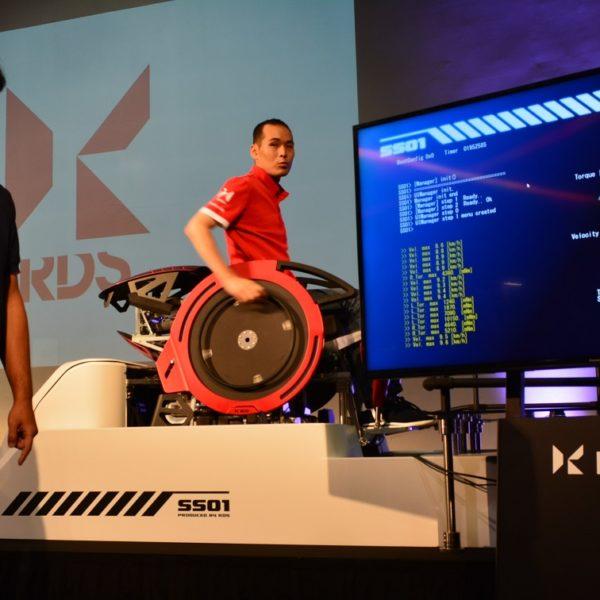 「選手個々の感覚を数値化」RDSが短時間製作可能な競技用車いす発表