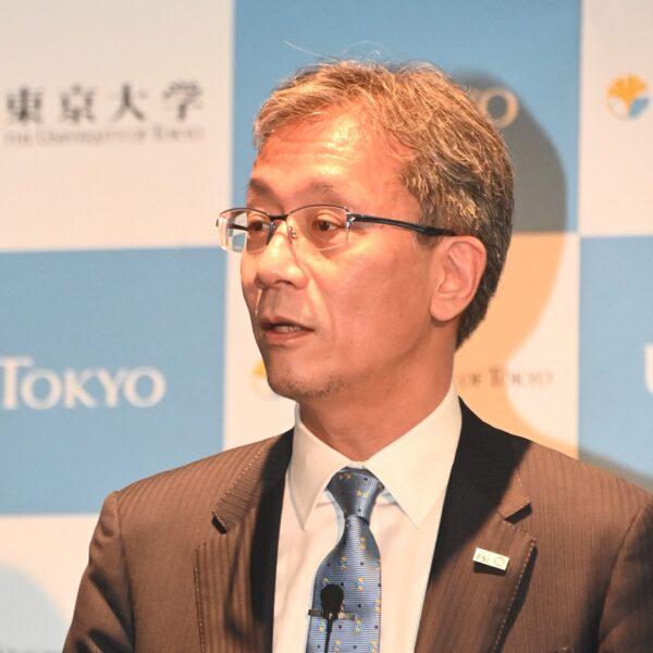 東大の藤井総長が就任会見「大学経営は対話と共感が基盤」